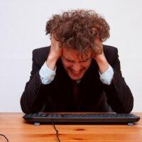 インターネットの誹謗中傷で訴えられたらどうする?対処法と心構えについて解説