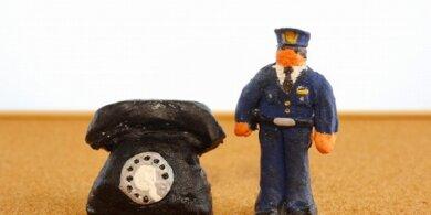 インターネットでの誹謗中傷は警察等に相談できる?準備するものや手順を解説