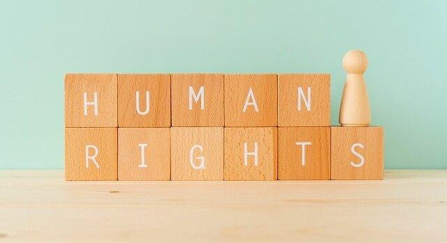 インターネットの誹謗中傷は人権侵害になる?どんな書き込みが該当するかについて解説